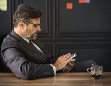 High tech : Internet et le téléphone portable